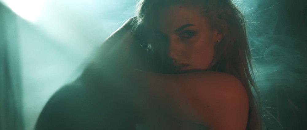 Roniit x Shelby - Not Afraid Anymore - FULL VERSION (H.264 Vimeo)-.mp4.00_02_06_05.Still027.jpg