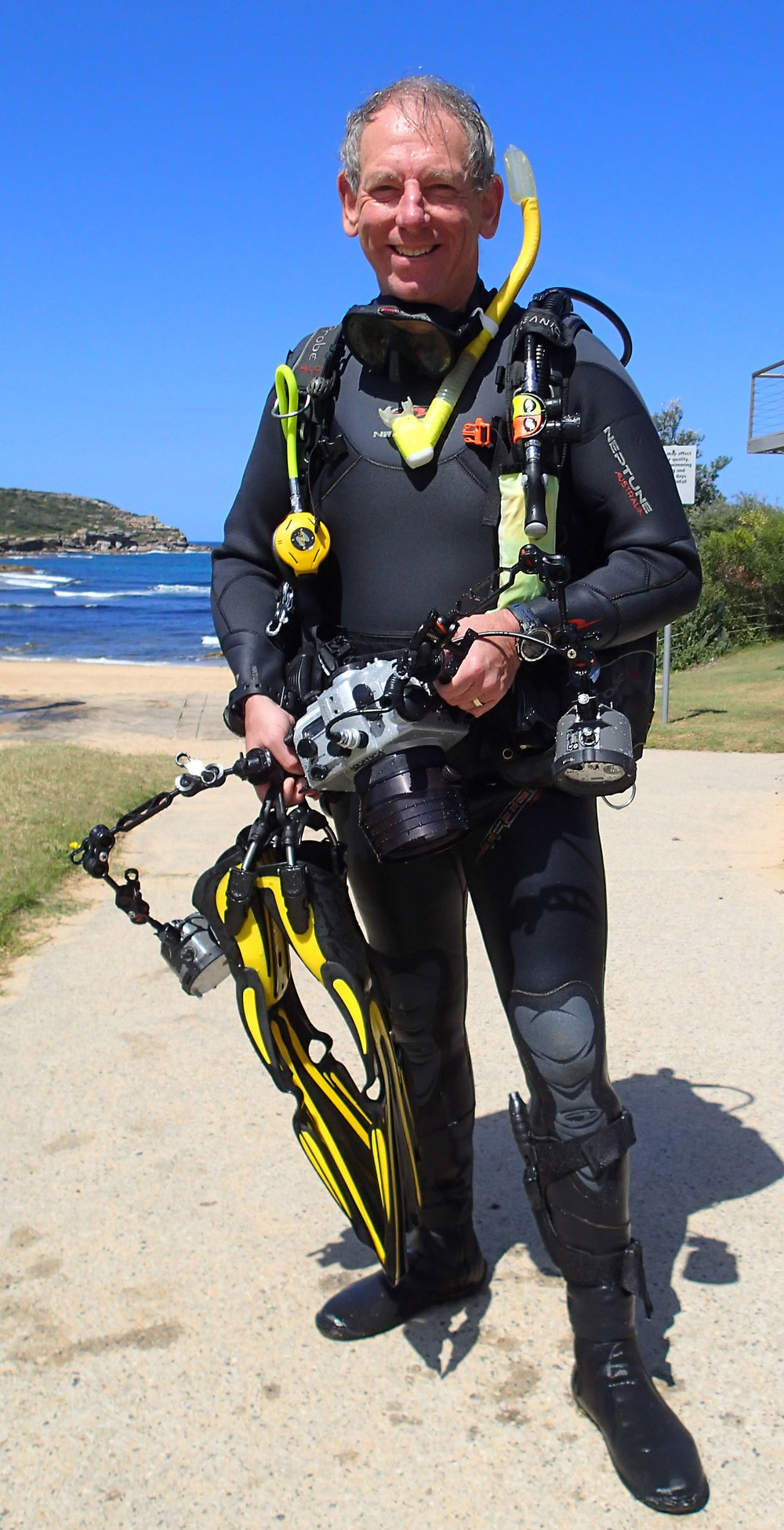 Meet Graham. He's our dive photographer. He'll be giving you the idiots guide to dive photography. For those of you for whom normal photography is just not quite difficult enough.