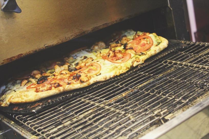 برا الفرن Out of the oven!