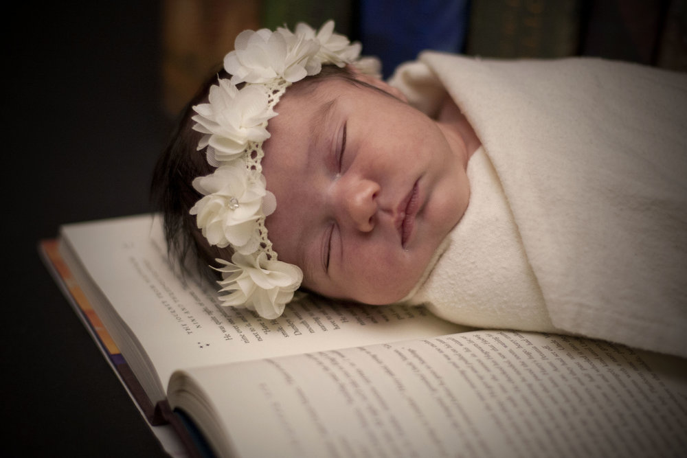 A Focused Life Photography Harry Potter Newborn003.jpg