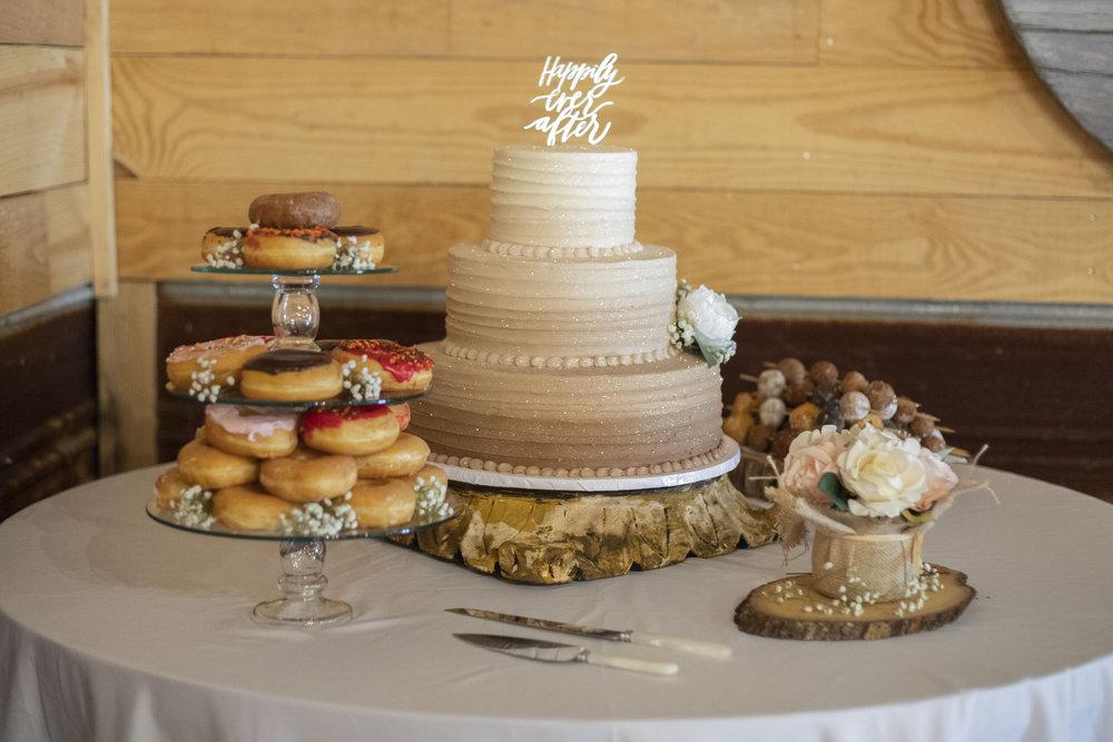 wedding-cake-table-details.jpg