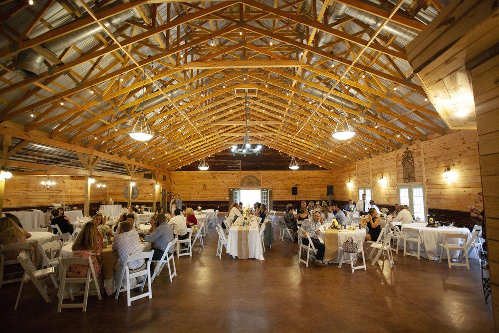vintage-oaks-farms-rustic-reception.jpg