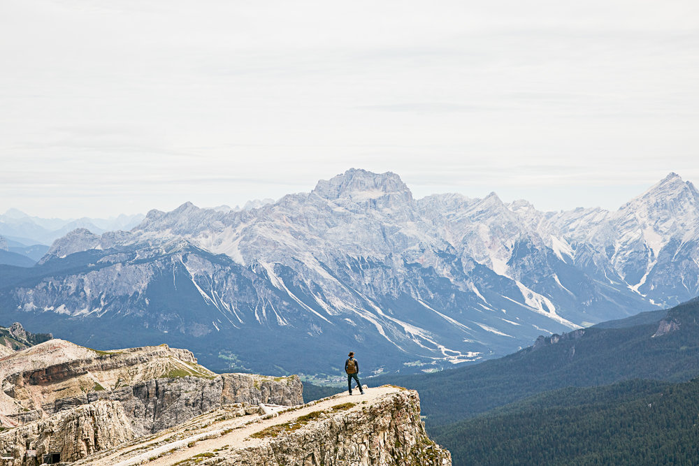 Dolomites01.jpg