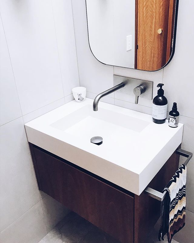 Our alpine white vanity with integrated basin looking the goods at a recently completed project by the amazingly talented team @jshendersonbuilders  Cabinets by @woodrabbitkitchens . . . #concrete #whiteconcrete #concretedesign #concretevanity #integratedbasin #concretecountertops #concretebenchtop #polishedconcrete #bathroom #bathroomdesign #northcoastnsw #northernrivers