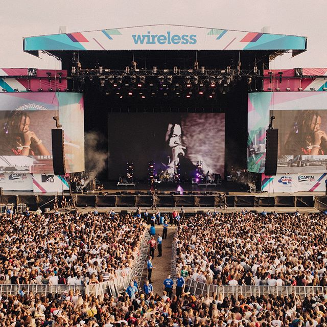 New live visual work with @partynextdoor at @wirelessfest | Thank you to the team! Production: @cfellz @bildstudio @tj.lights | Content: @connormoy_ @benwolin | Photos: @fouad 🔥🔥🔥