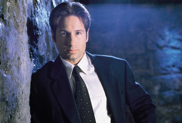 Mulder-the-x-files-25366398-1024-768_pnhmlz.jpg
