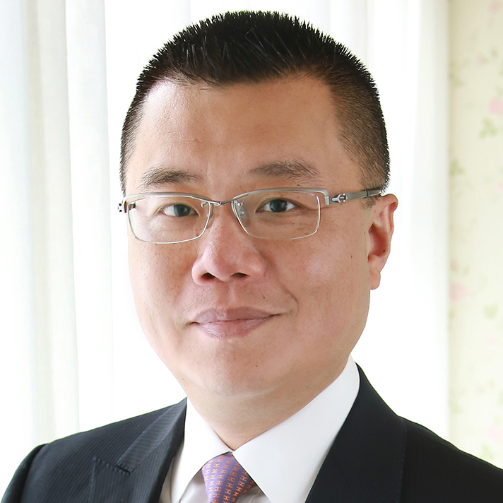 Dr Witman Hung, JP,Principal Liaison Officer for Hong Kong Shenzhen Qianhai Authority