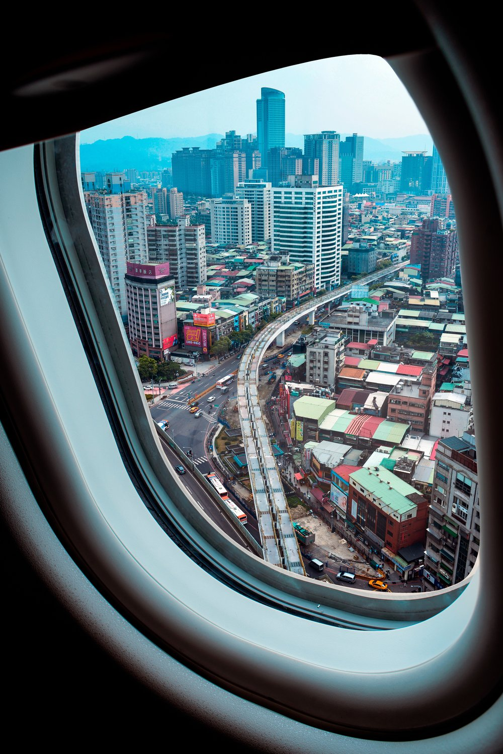 10 Photos From Aircraft Windows -