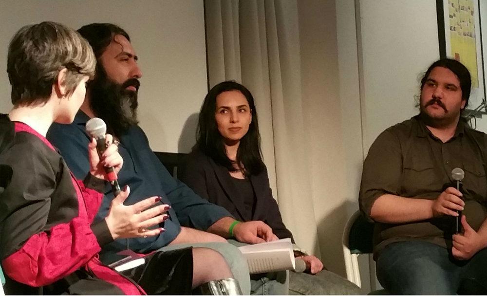 Svenska PEN:s programkväll på Litteraturhuset i Göteborg i januari 2018. Samtal mellan författarna Fatemeh Ekhtesari, Mehdi Moosavi och Samira Motazaedi. Foto: Kristín Bjarnadóttir