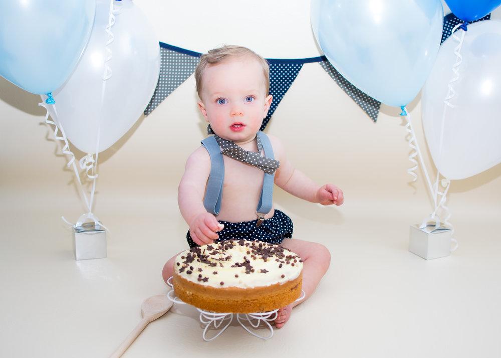 Lancashire cake smash photography