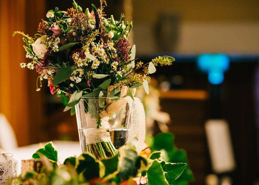 Wild flower & woodland theme wedding in manchester37