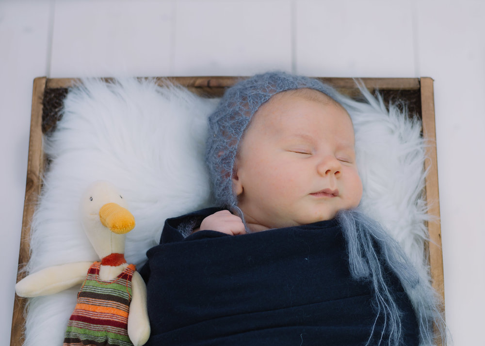 newborn & baby shoot lancashire6