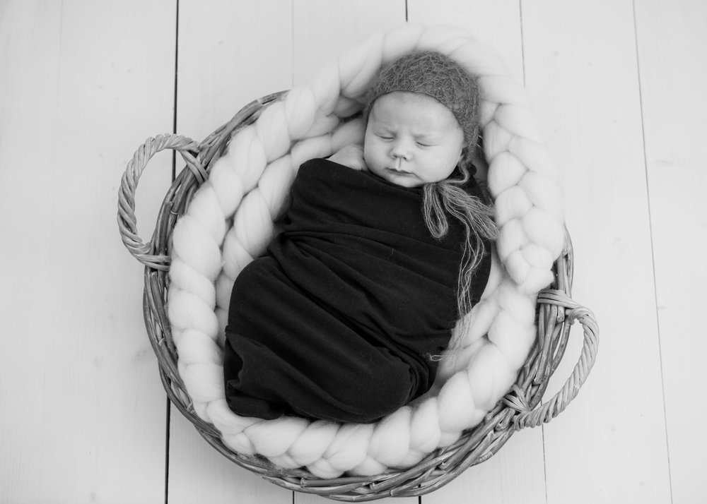 newborn & baby shoot lancashire9
