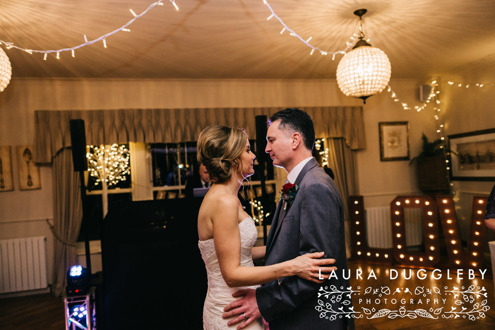 shireburn arms winter wedding ribble valley55