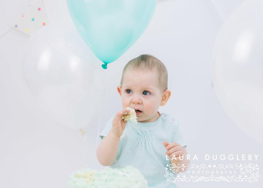 cake smash and splash photographer rossendale