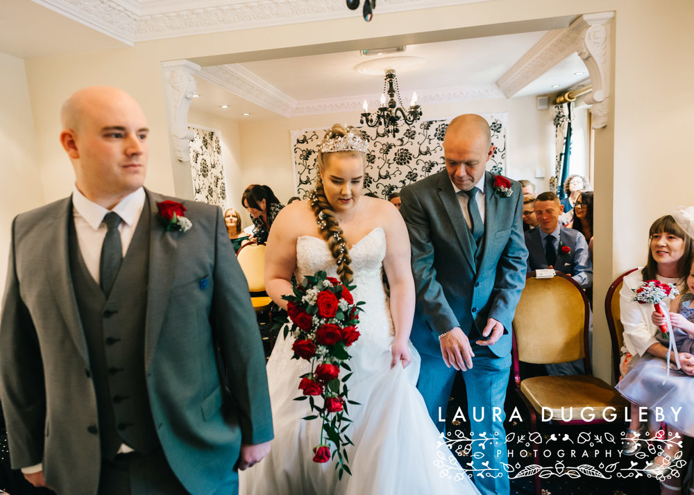 Moss Lodge Hotel Wedding - Rochdale Wedding Photographer5