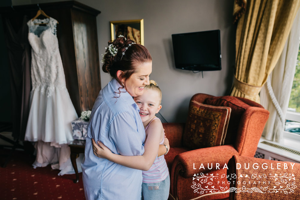 Farington Lodge Wedding Photographer3
