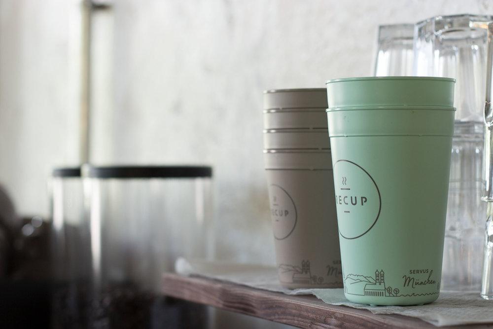 #1 MÜNCHEN-RECUP  SERVUS München! Vom Olympiapark bis zur Frauenkirche kann man sich jetzt Kaffee im RECUP schmecken lassen.