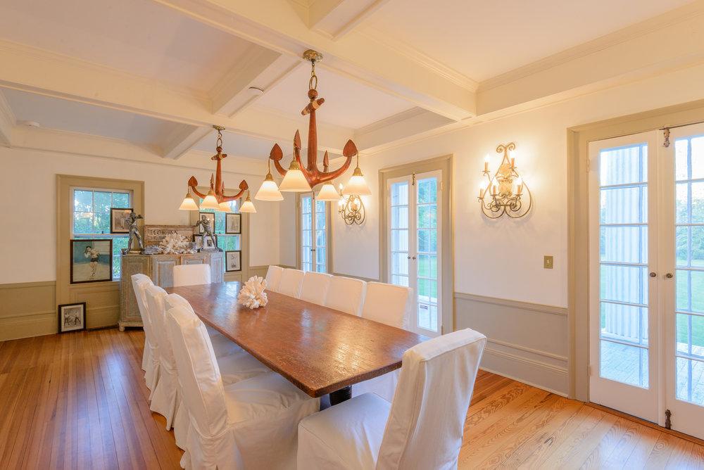 Interior_Dining.jpg