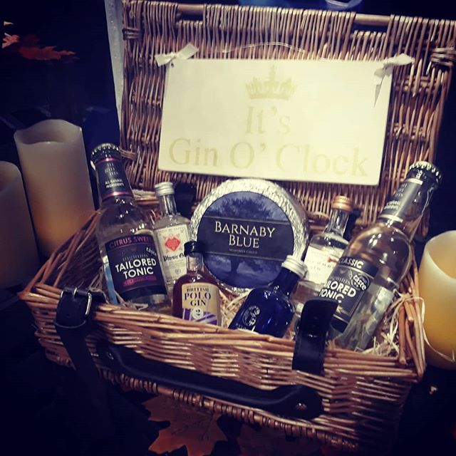 As the **Festive Season** begun! Do you need a hamper for a personal gift or for a client? We can sort you out!! We can do any type of hamper and size you want and get a courier to get to your destination of choice! Hamper in the picture is our Gin Lover's Hamper with tonic from @tailoredtonic a Thame company You can choose from our Miniture Gin collection! This also has our Midsomer themed cheese Barnaby Blue by The Deli at No.5! We will also be opening on Monday's from 26th November and late night Thursday's from 22md November till 7pm for the festive season!  #Thedeliatno5 #Thame #Gin #GreatBritishProduce #GinHamper #Hampers #ClientHampers #GreatBritishHamper #PersonalGiftHamper #ChristmasHampers #LatenightOpening #OpeningMondays #FestiveSeason #Oxford #Oxfordshire #GreatBritishCheese #BarnabyBlueCheese #Midsomer #Buckinghamshire #ChristmasGifts #ChristmasIdeas
