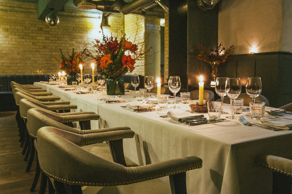 DINNER - A special occasion or a work function. Walcot House has many areas to seat up to 25 guests for dinner.