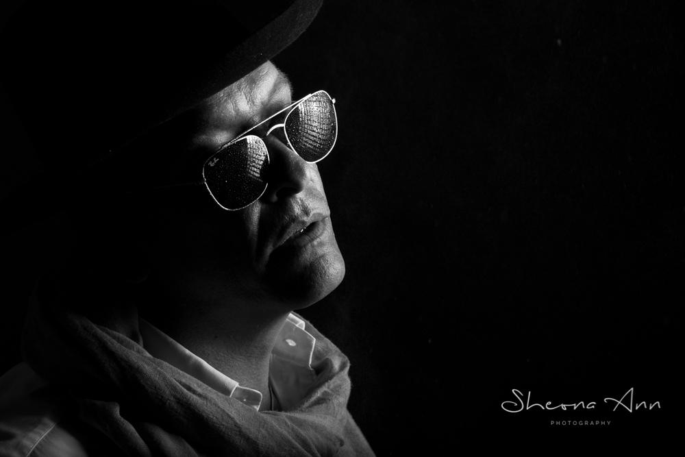 Sheona-Ann_photography-moody-glasses-bw (1 of 1).jpg
