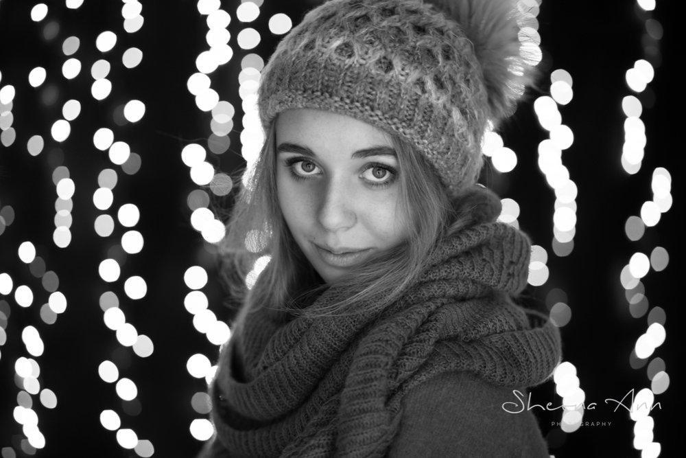 fairy-lights-winter-bw-sheona-ann-photography (3 of 6).jpg
