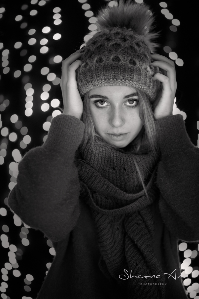 fairy-lights-winter-bw-sheona-ann-photography (2 of 6).jpg