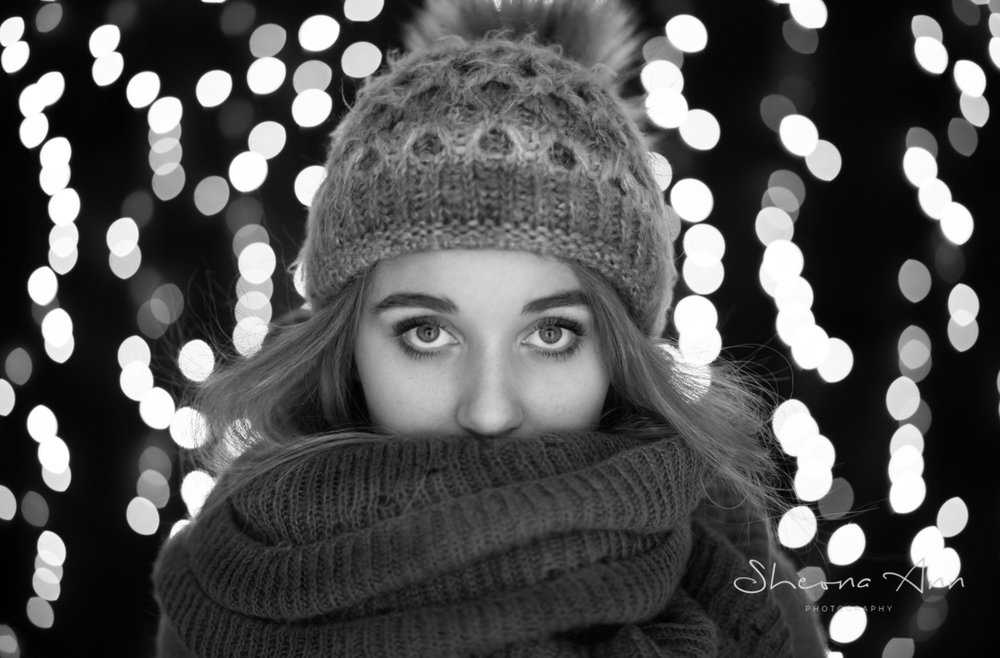 fairy-lights-winter-bw-sheona-ann-photography (1 of 6).jpg