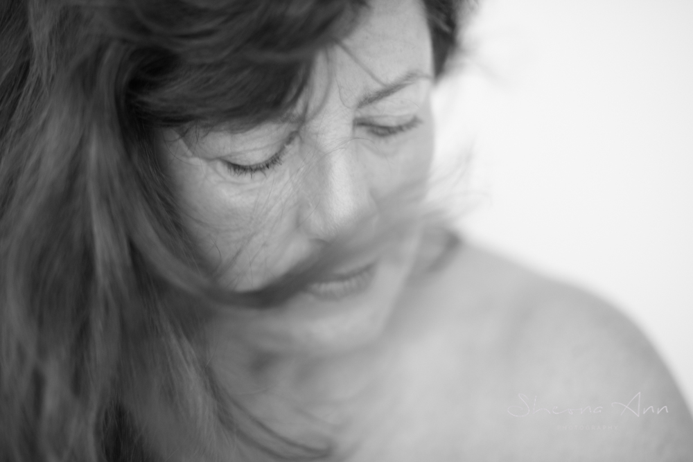 moody-b&w-portrait-mature-woman-sheona-ann-photography (1 of 1).jpg