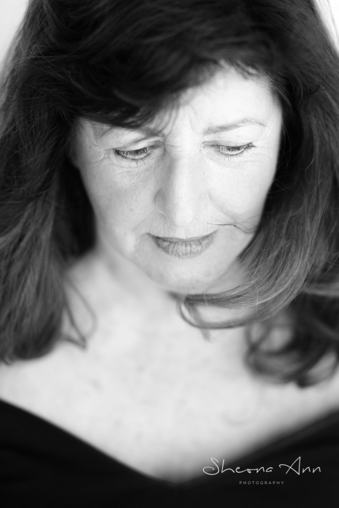 b&w-portrait-mature-woman-sheona-ann-photography (1 of 1).jpg