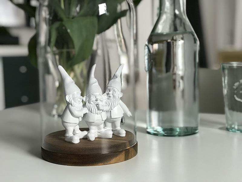 little-gnomes2-lw.jpg