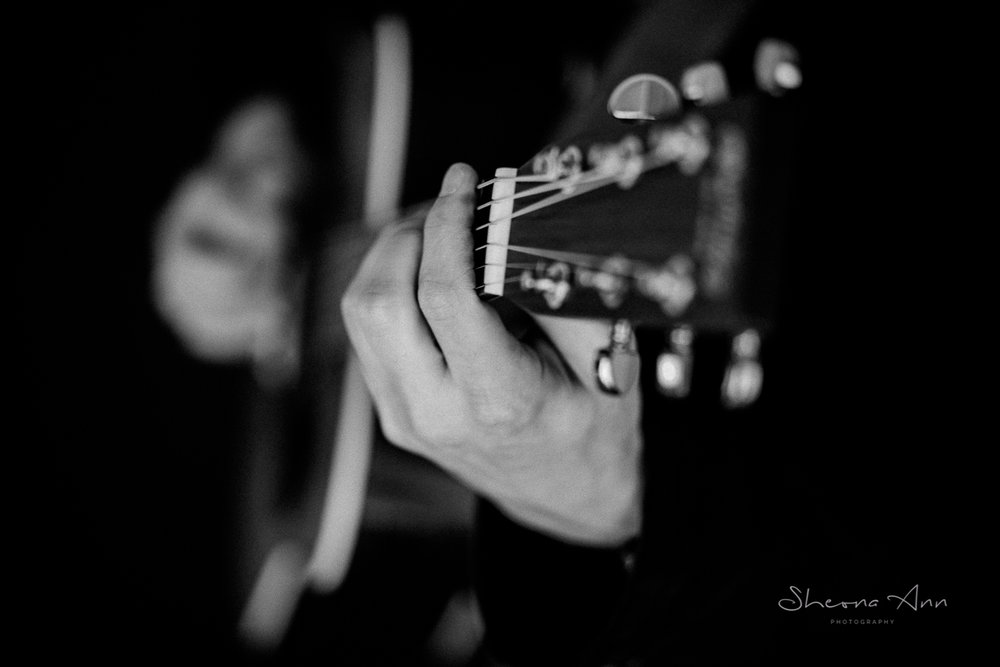 black and white guitar image