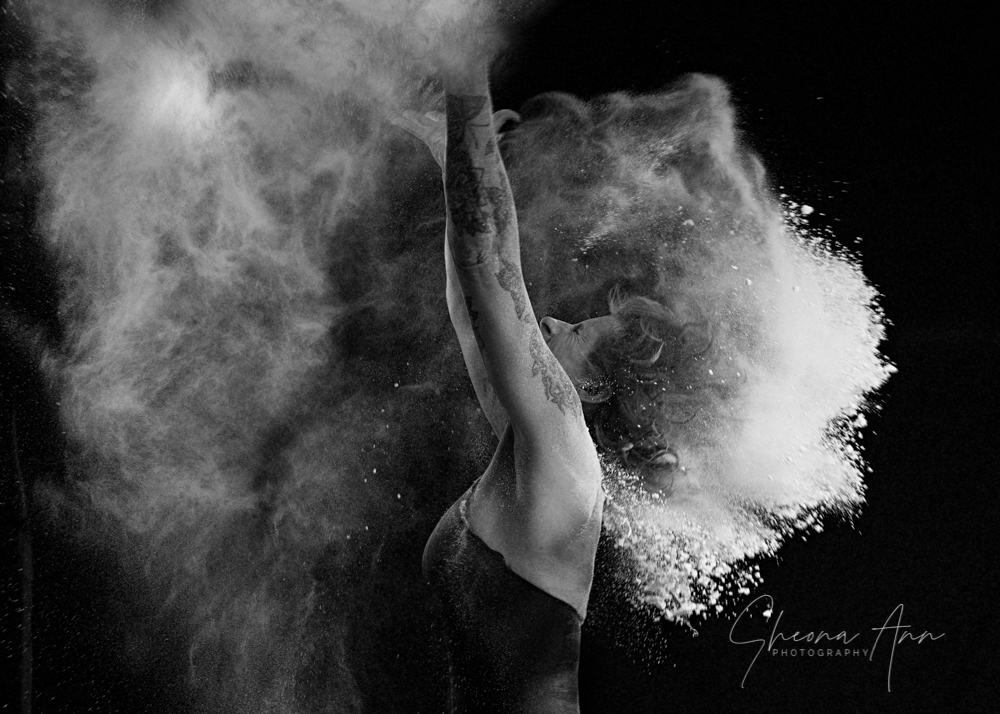 Vanessa-powder-Sheona-Ann-Photography (9 of 42).jpg