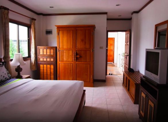 accommodation -