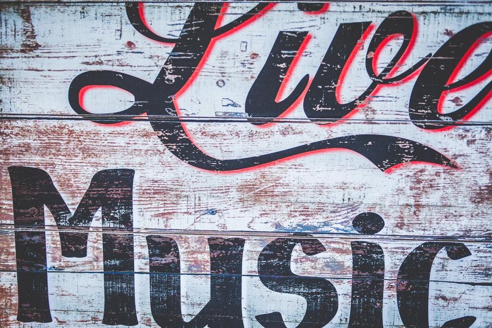 livemusic2-3.jpg