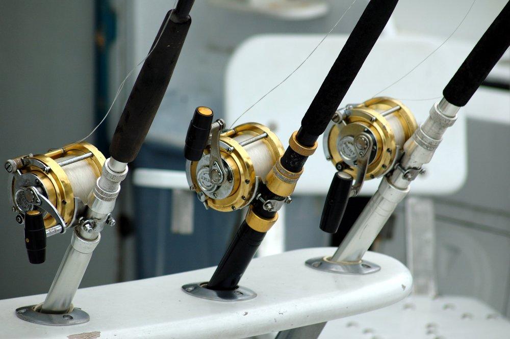 angler-angling-close-up-209810.jpg
