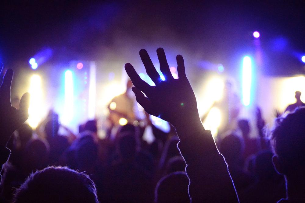 ADV - Skapar och producerar unika installationer för scen och event.