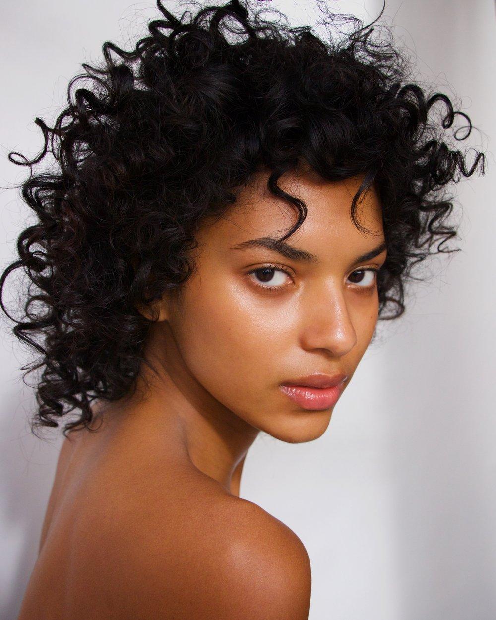 Beauty-Editorial 050 21-31-172017-02-19.jpg