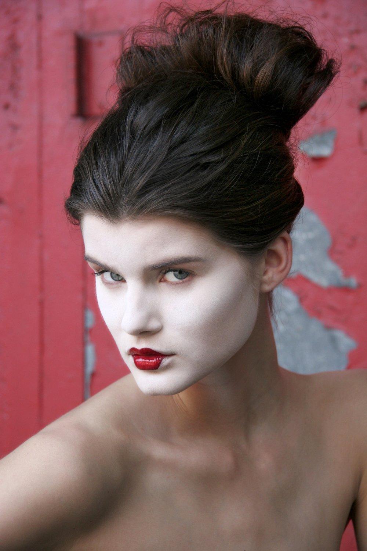 Beauty-Editorial 061 15-59-562008-07-01.jpg