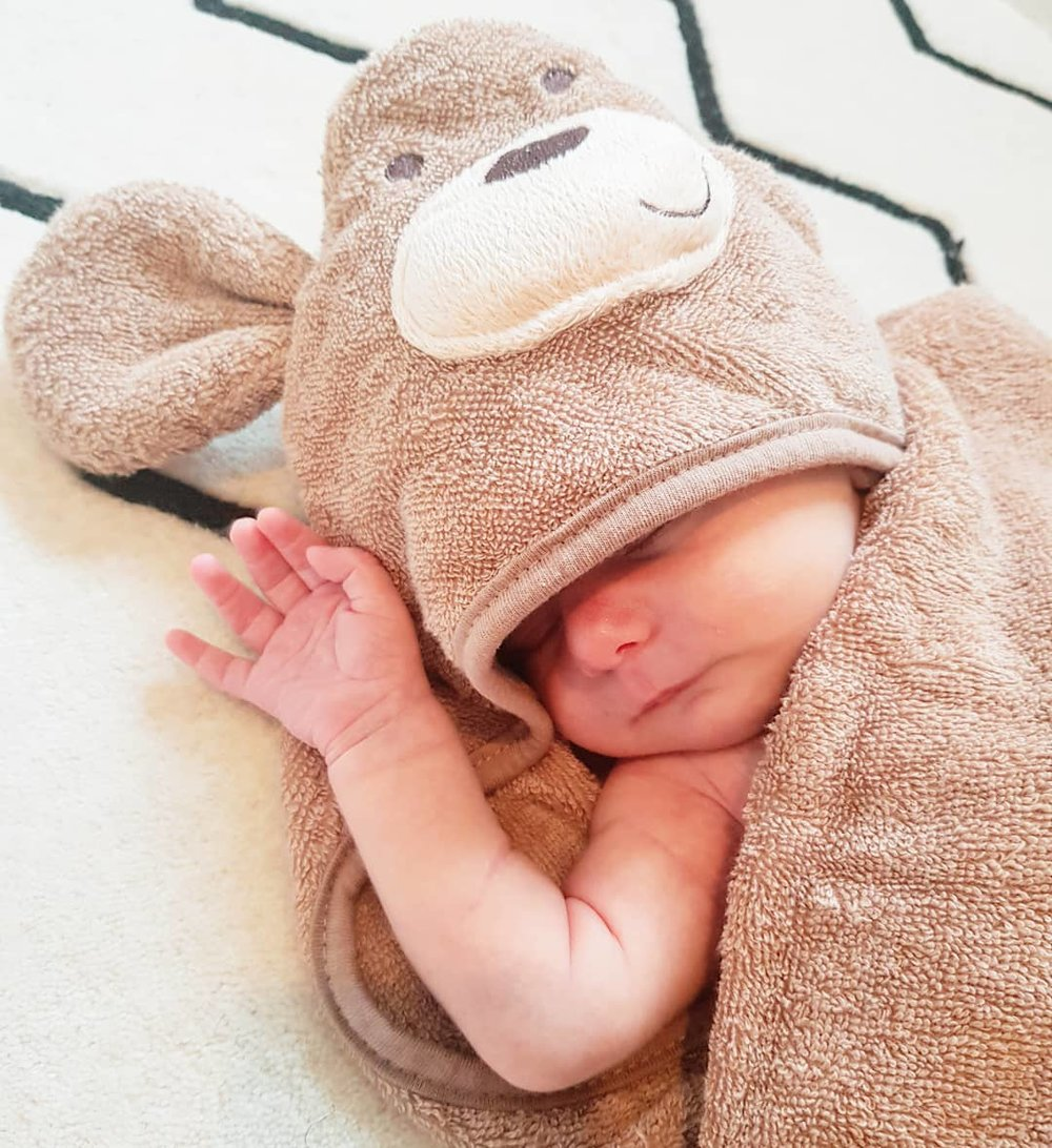 FIRST WEEK WITH A NEWBORN ... MY 10 TIPS