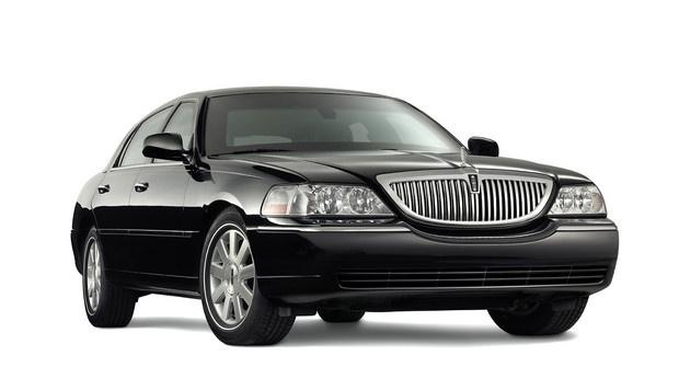 Lincoln Town Car -