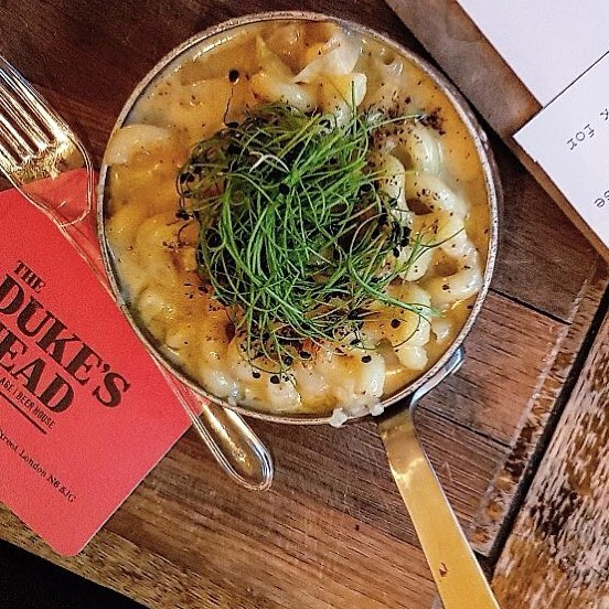 Mac + YUM. @roostersbrewco Yankee & vintage cheddar Mac n Cheese is on the specials board until it's gone!  #EEEEEATS #truecooks #yougottaeatthis #eatfamous #foodstagram #eats #igfood #goodeats #foodie #yum #foodphotography #buzzfeedfood #feedfeed #huffposttaste #foodbloggers #yummie #tastespotting #foodgawker #instayum #instafood #food #foodlove #londonfood #foodie #foodies #cookingwithbeer #macncheese #macandcheese