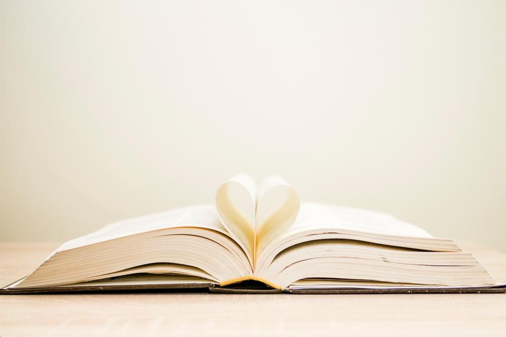 BOOK CLUB | My Favorite Cookbooks and Wellness Reads!