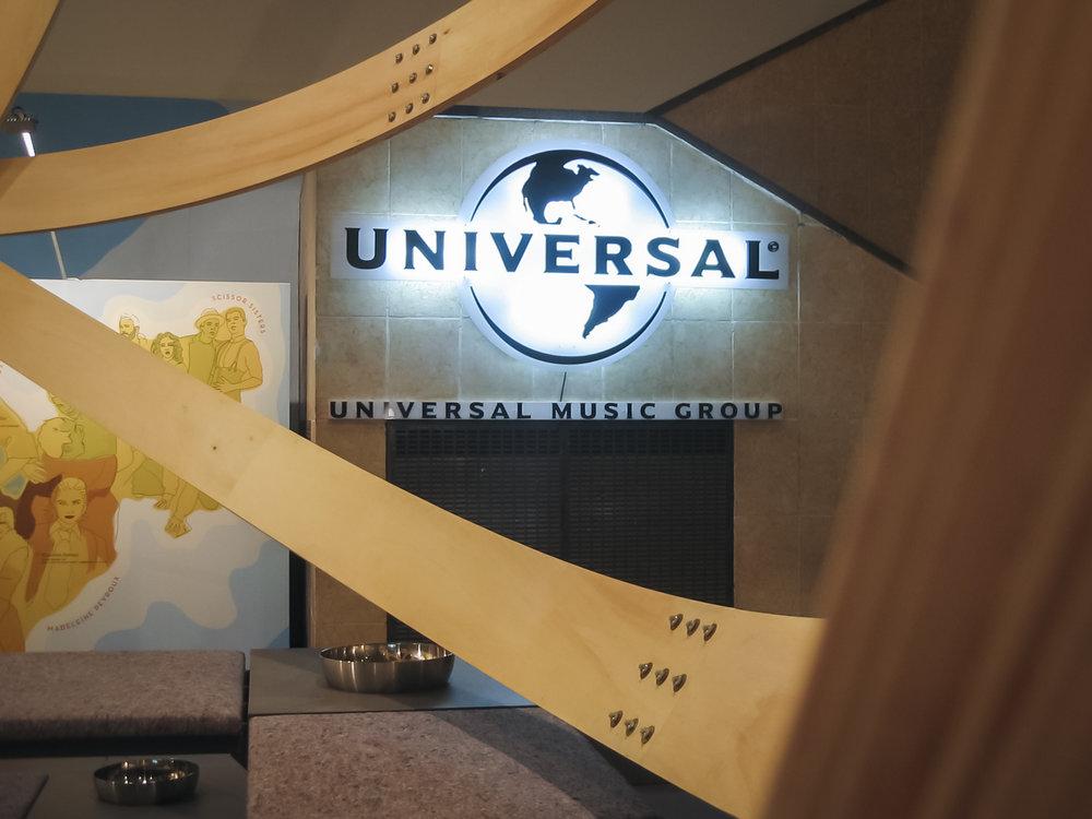 Universal 052.jpg