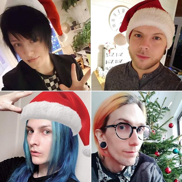 ‪🌟May your holidays be merry and VICIOUS! 🎄‬ ‪Merry Christmas from the boys in BatAAr! ❤️‬