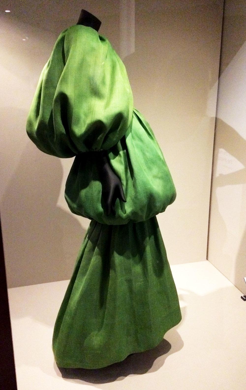 balloon dress- selfish wardrobe.jpg