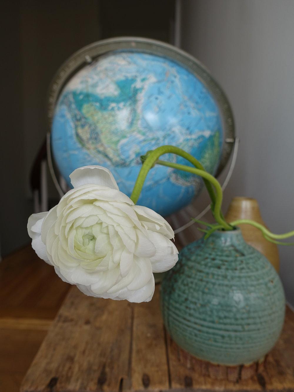 gear vase globe (1).JPG