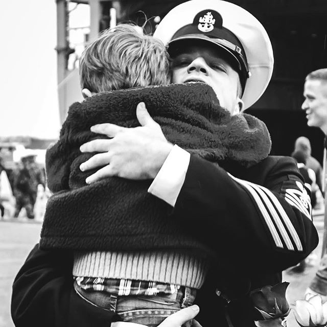 That hug, there is nothing like that hug. It's comfort, it's safety, it's love..... it's HOME. #fincherphotography #militaryhomecoming #pierhomecoming #navyhomecoming #militarychild