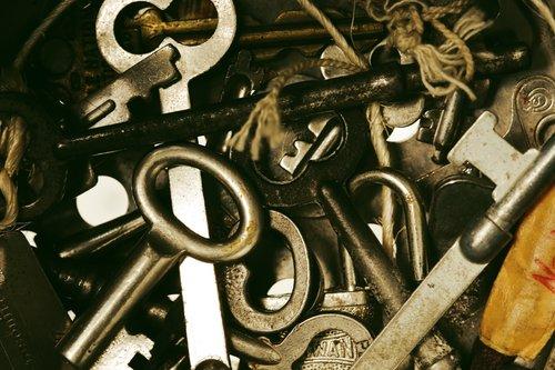 Fernet tokens and key rotation — Lance Bragstad